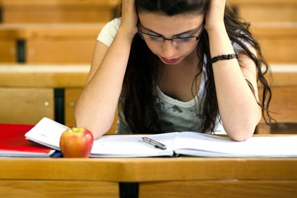 methods of studying for a final examination essay What this handout is about at some time in your undergraduate career, you're going to have to write an essay exam this thought can inspire a fair amount of fear: we struggle enough with essays when they aren't timed events.